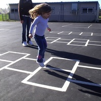 The Longest Hopscotch